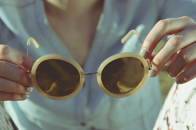 Free Stock photo of a pair of sunglasses to celebrate National Sunglasses Day