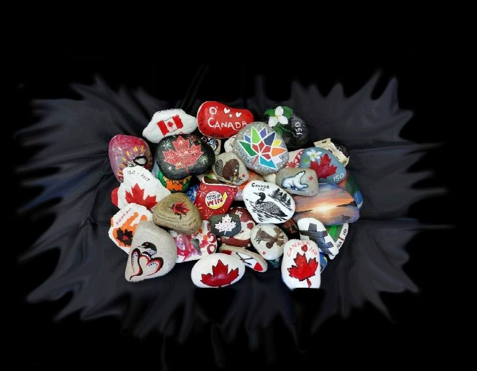 Photo of Canadian-themed rocks from Hastings Rocks Facebook Group page. Photo courtesty Lynn Rogers